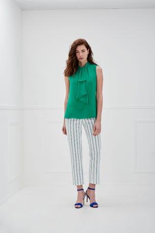 Blusa Verde Con Cuello
