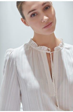 Blusa Cuello Escarola