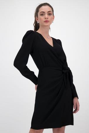 Vestido Negro Envolvente
