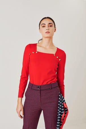 Blusa Roja Con Botones