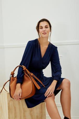 Vestido Azul Marino Escote V