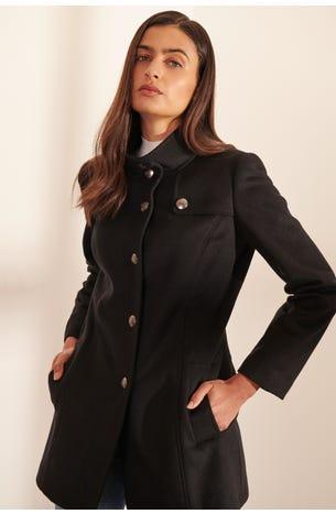 Abrigo Negro Con Botones De Escudo