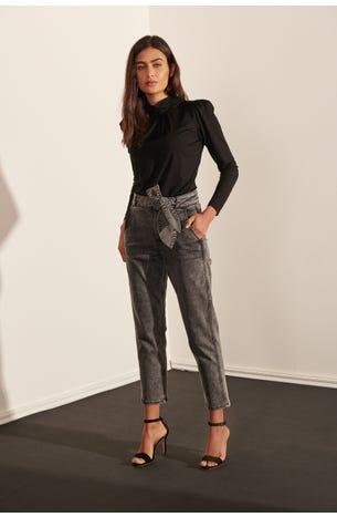 Jeans Baggy Con Cinturon