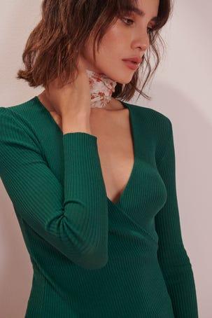 Suéter Verde Envolvente